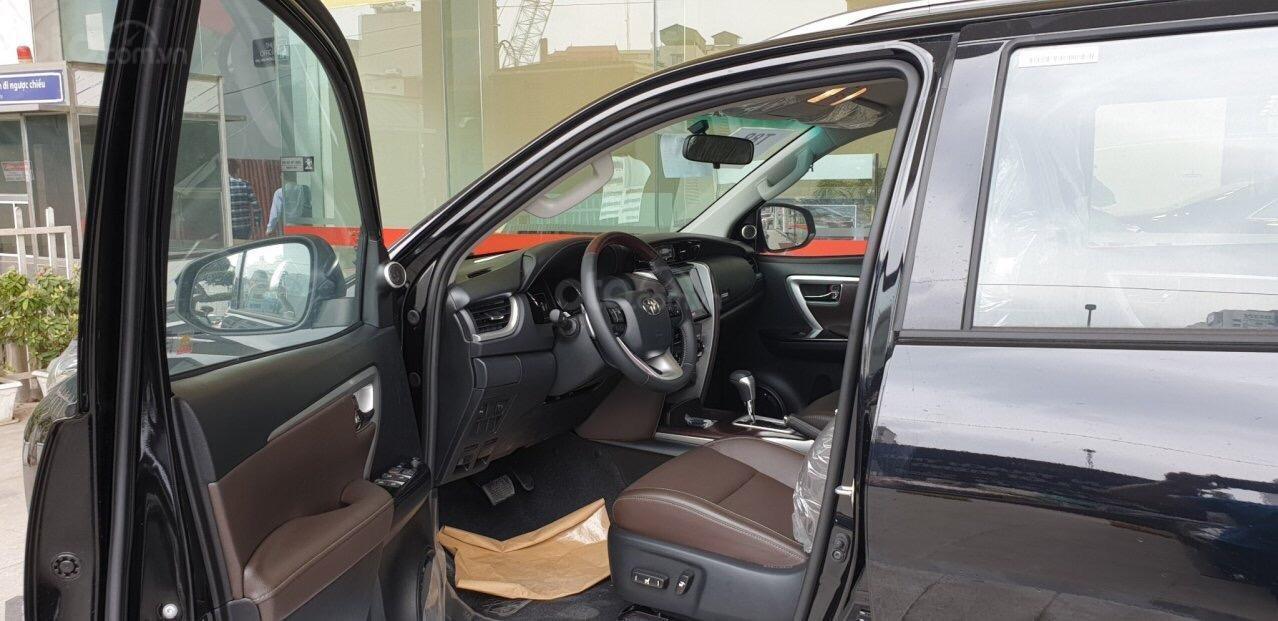 Bán Toyota Fortuner 2.7V máy xăng, 1 cầu đời 2019, nhập khẩu nguyên chiếc Thái Lan (3)