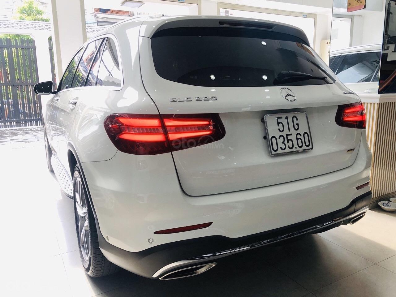 Bán GLC300 SX 2018 model 2019, xe đẹp màu trắng nội thất nâu, cam kết bao kiểm tra tại hãng (3)
