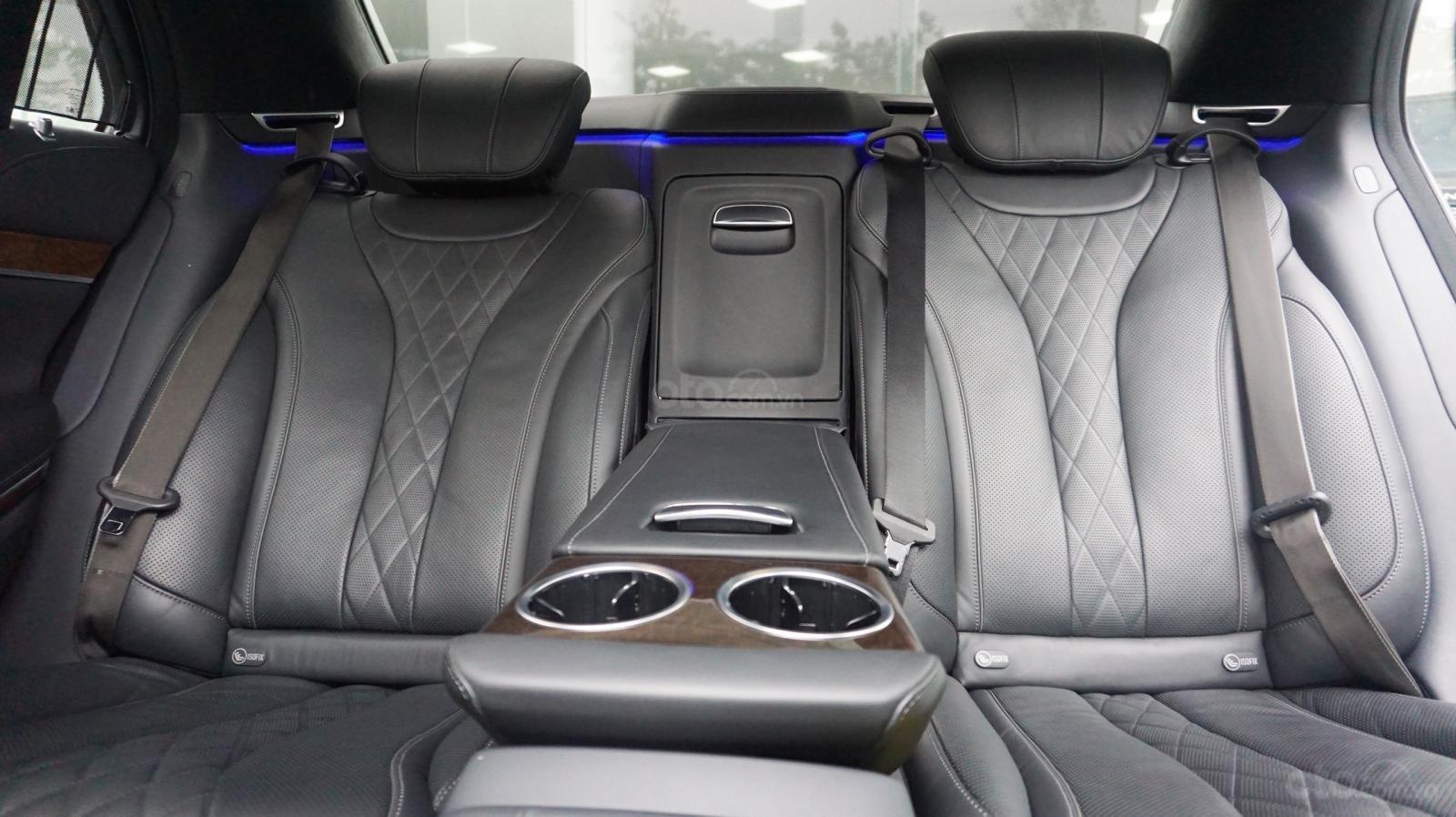 Bán xe Mercedes S500L đời 2017, màu đen, xe siêu siêu lướt cực đẹp. LH: 0982.84.2838 (6)