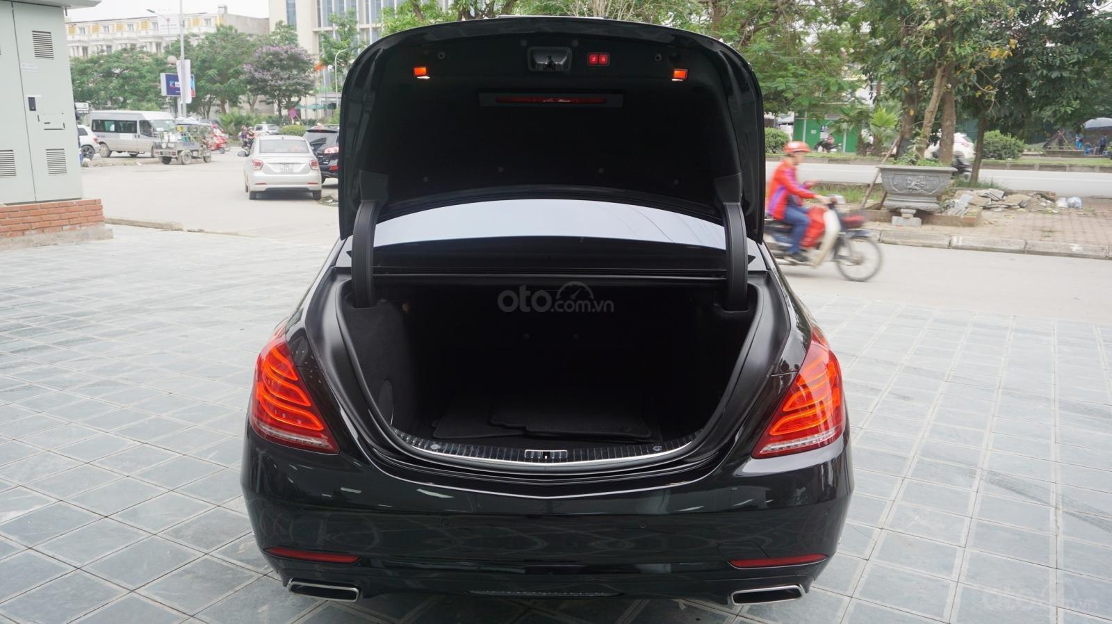 Bán xe Mercedes S500 L đời 2017, màu đen, xe siêu siêu lướt cực đẹp. LH: 0982.84.2838 (6)