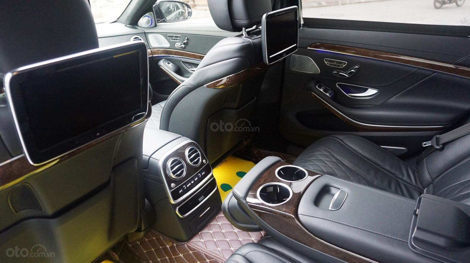 Bán xe Mercedes S500 L đời 2017, màu đen, xe siêu siêu lướt cực đẹp. LH: 0982.84.2838 (9)