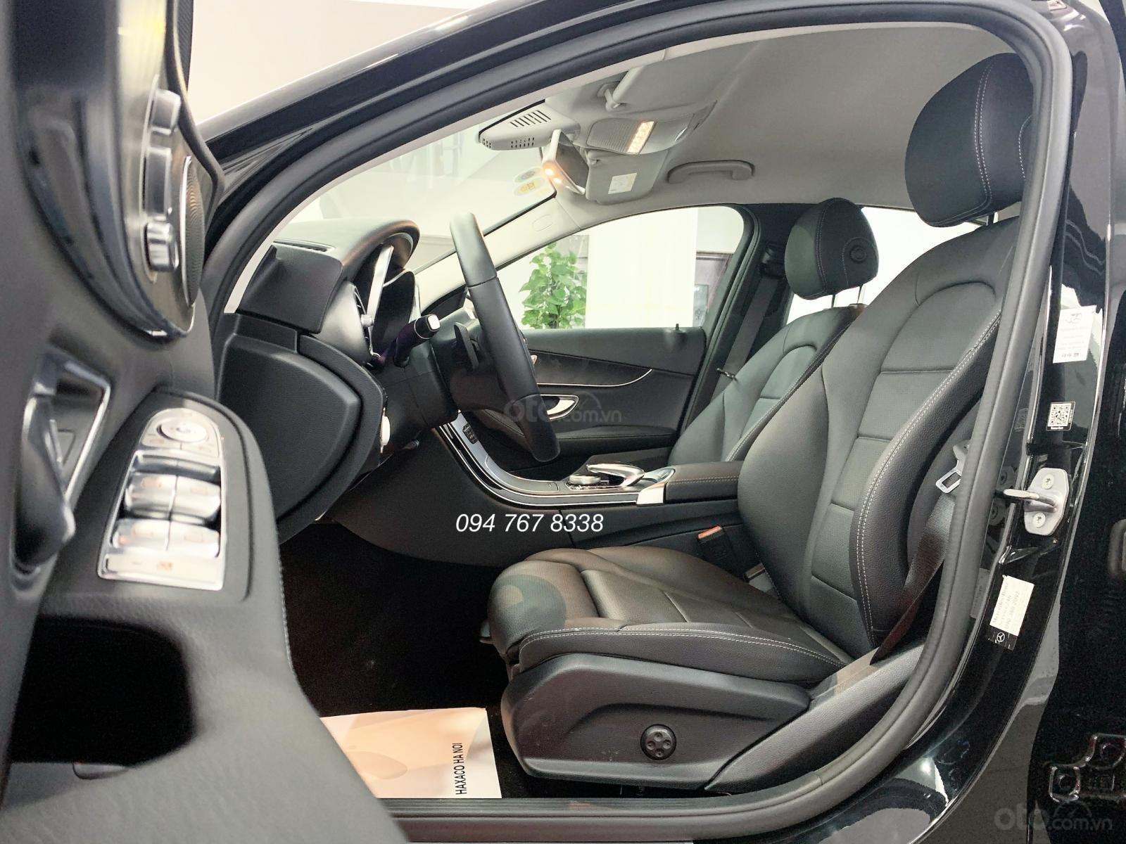 Bán Mercedes C200 2019 màu đen - Xe đã qua sử dụng chính hãng (3)