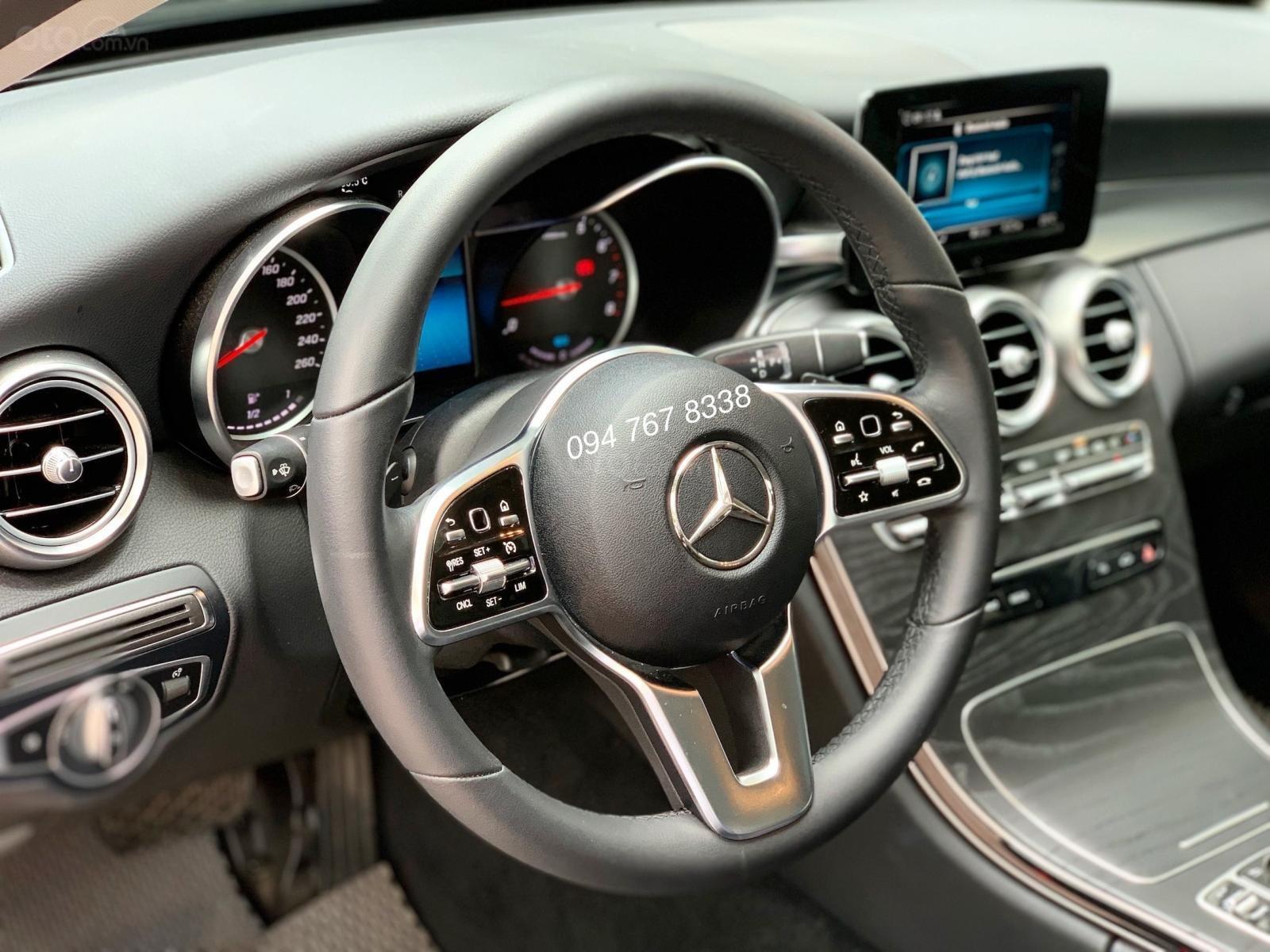 Bán Mercedes C200 2019 màu đen - Xe đã qua sử dụng chính hãng (5)