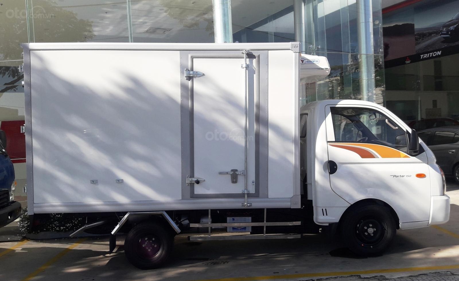 Bán Hyundai Porter 150, 1 tấn 4, khuyến mãi 100% bảo hiểm, hỗ trợ vay 70% (4)
