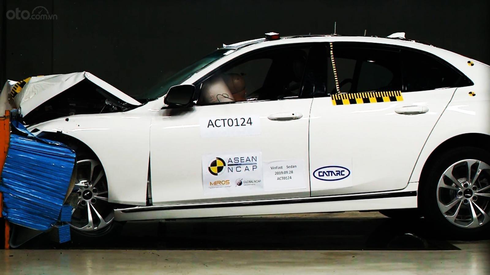 3 mẫu xe của VinFast được thử nghiệm tại trung tâm ASEAN NCAP 1.