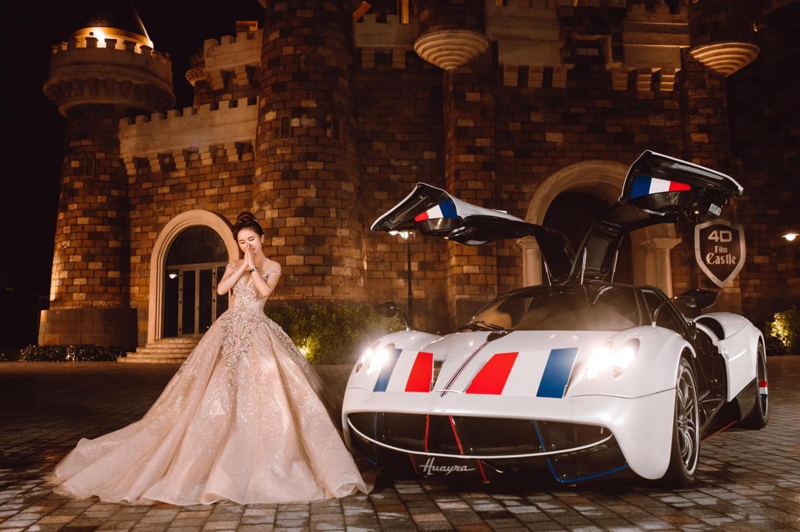 Chiếc Pagani Huayra của Minh Nhựa có giá không dưới 80 tỷ đồng.