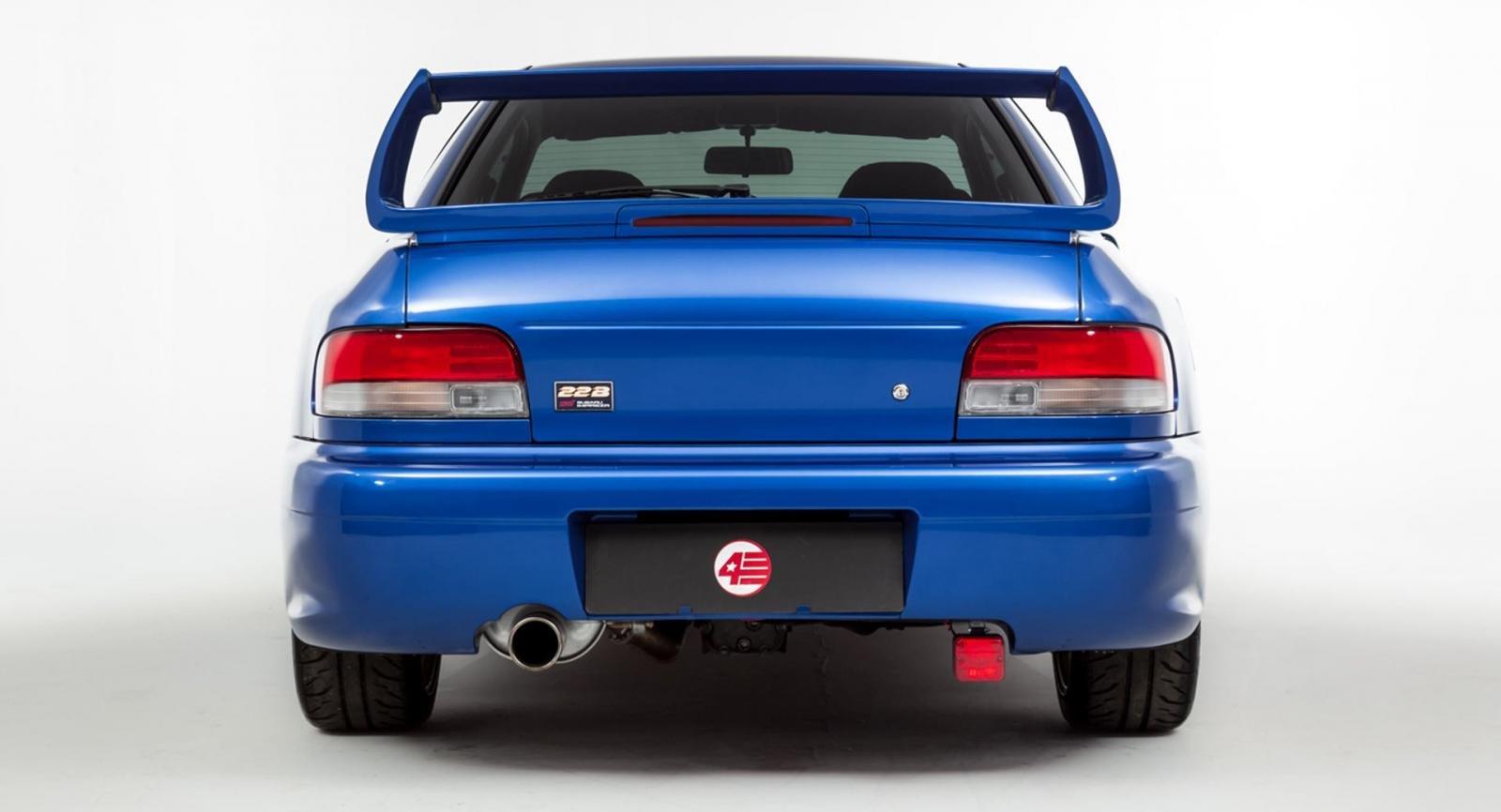 Ngoại hình Subaru Impreza 22B STi.