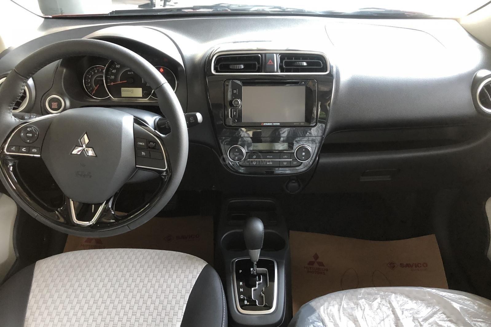 Nội thất của Mitsubishi Mirage 2019 thiết kế theo phong cách hiện đại, trẻ trung, cuốn hút