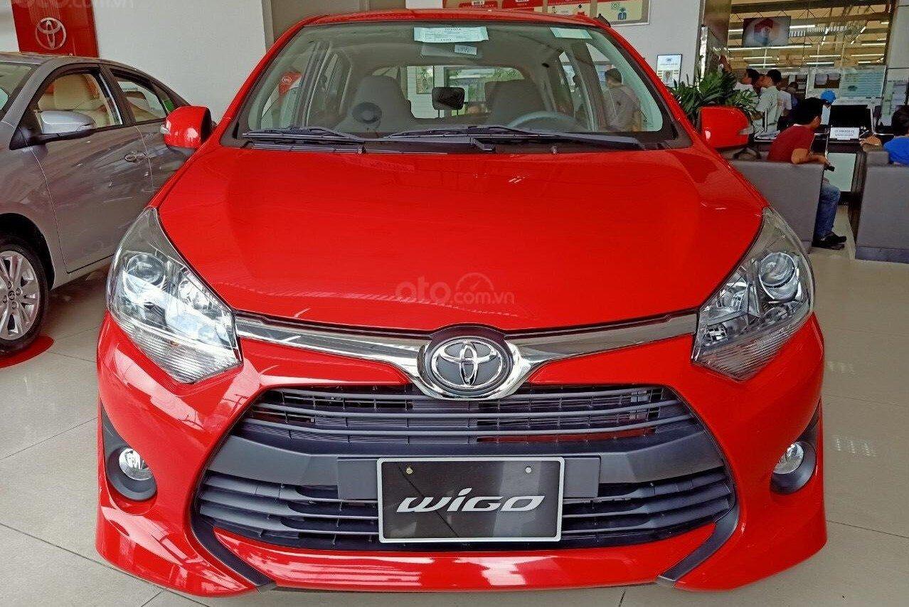 Đầu xe Toyota Wigo 2019 sở hữu nhiều nét đặc trưng của thương hiệu 1