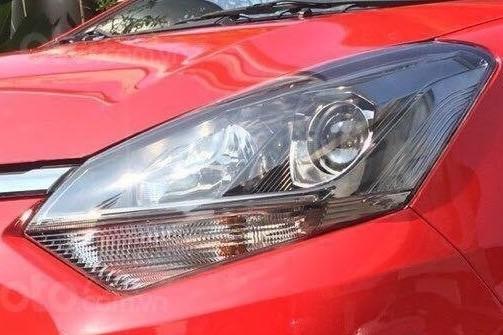 So sánh xe Toyota Wigo 2019 và Mitsubishi Mirage 2019: Thiết kế đèn pha Wigo