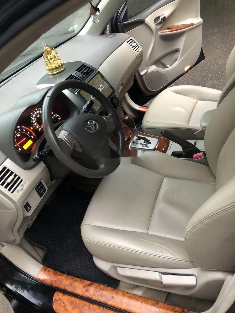 Cần bán gấp Toyota Corolla Altis 2.0AT đời 2010, màu đen còn mới, giá tốt (8)