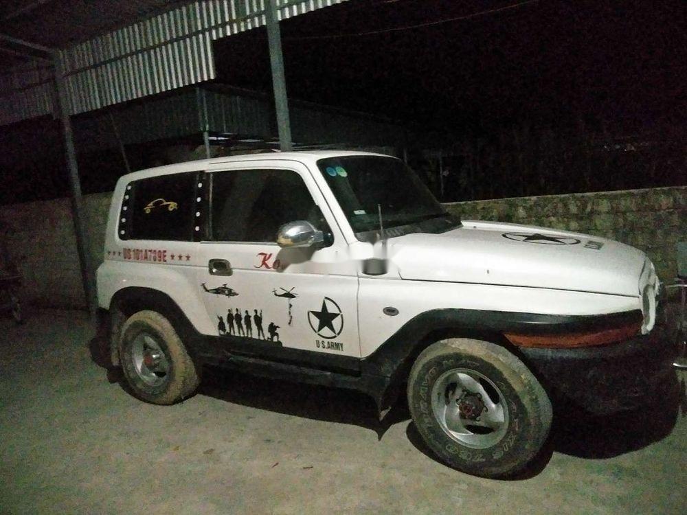 Bán Ssangyong Korando năm sản xuất 2002, màu trắng, nhập khẩu (1)