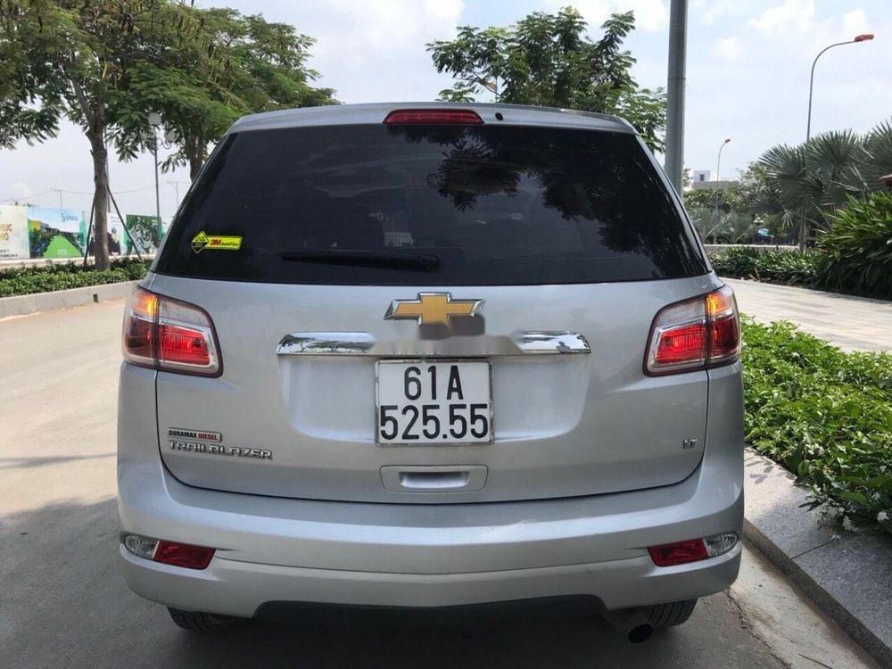 Bán xe Chevrolet Trailblazer LT 2.5AT 2018, màu bạc, nhập Thái, số tự động, giá tốt (9)