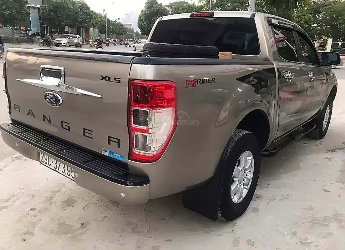Cần bán lại xe Ford Ranger XLS sản xuất 2014, xe nhập chính chủ (3)
