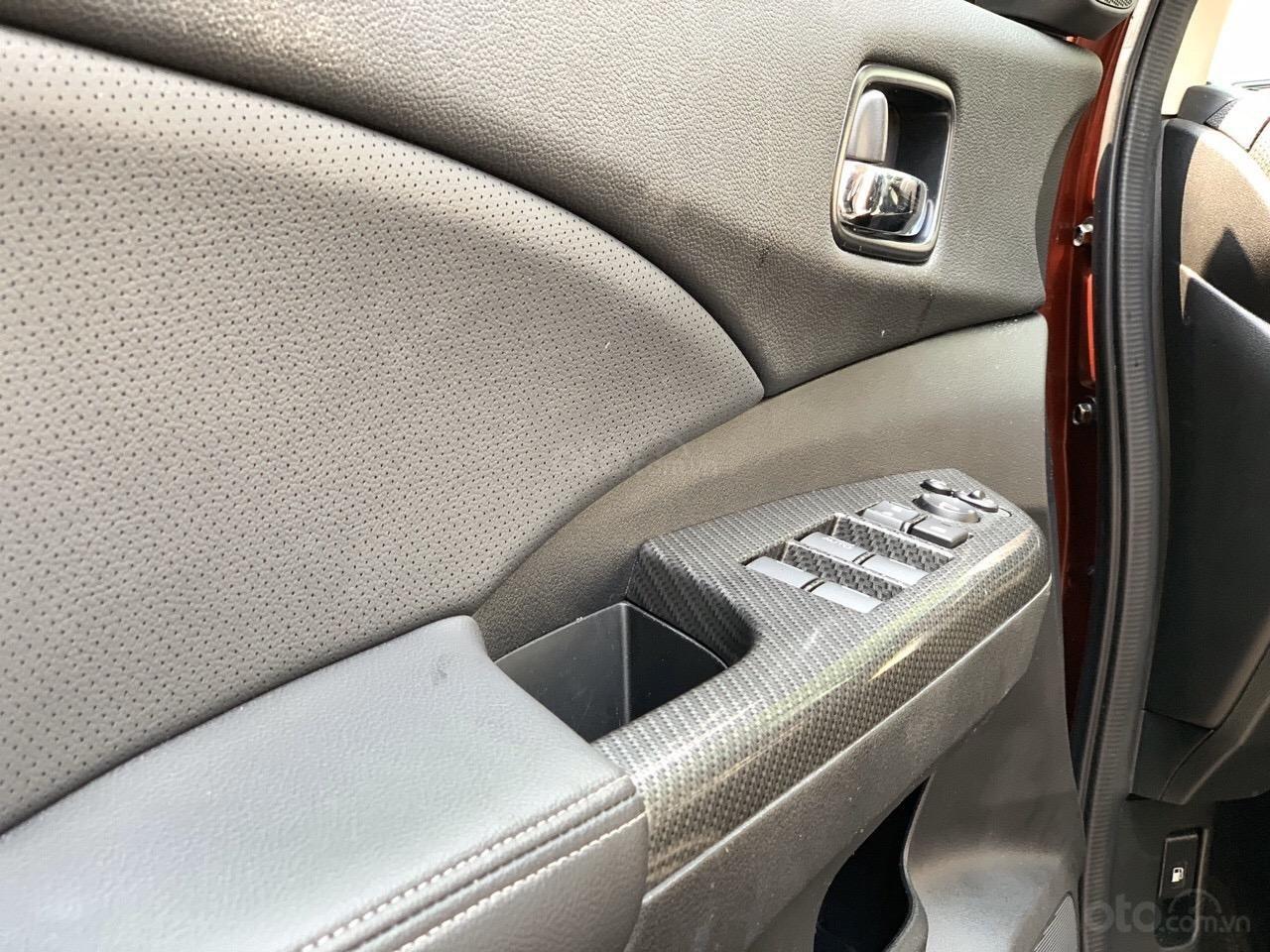 Bán Honda CRV 2.4 bản TG SX 2017 lẫy số vô lăng, xe đen bao check hãng (6)