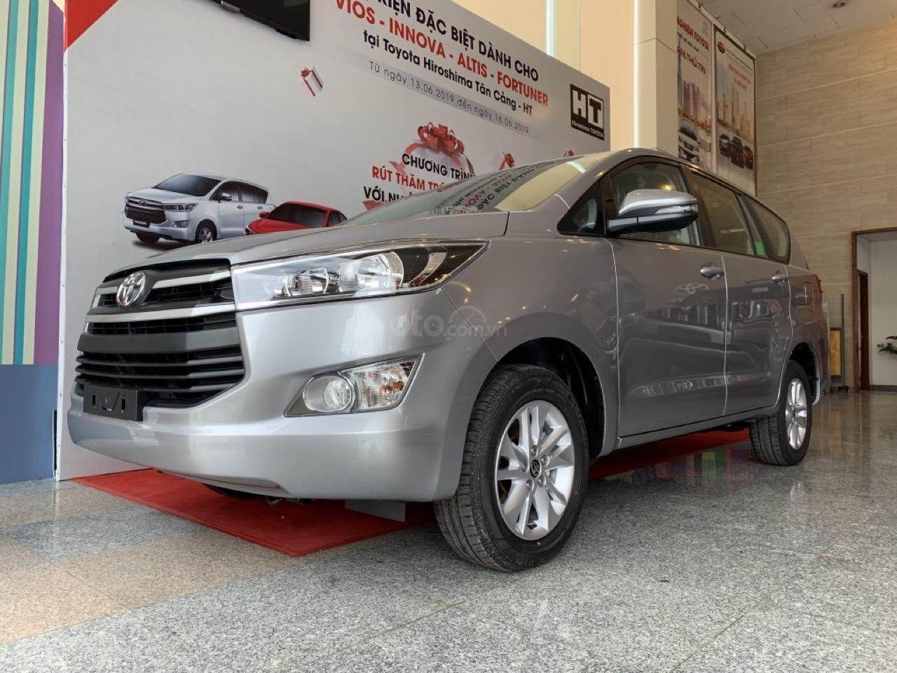 Chỉ 200tr sở hữu ngay Toyota Innova 2019 mới 100% (1)