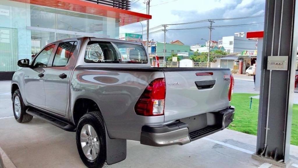 Toyota Hilux 2019 số tự động nhập Thái mới 100% (4)