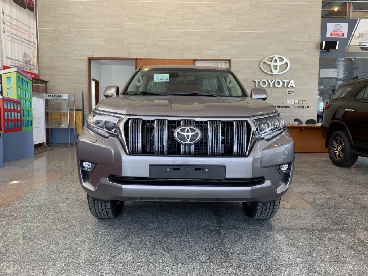 Bán Toyota Land Cruiser Prado đời 2019, nhập khẩu chính hãng, xe mới 100% (1)