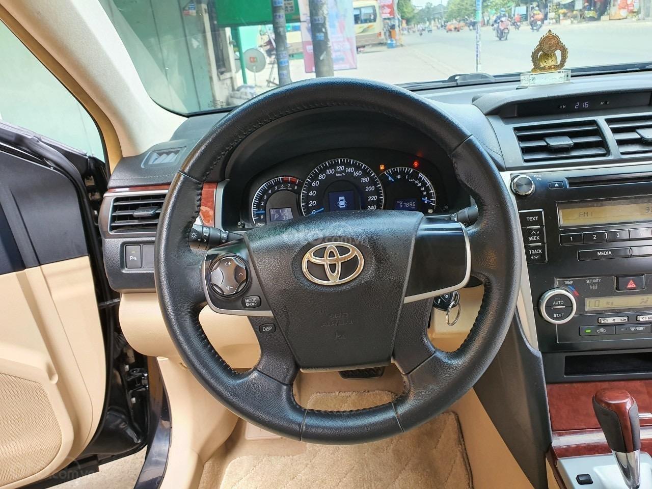 Toyota Camry 2.0E - 2013 (5)