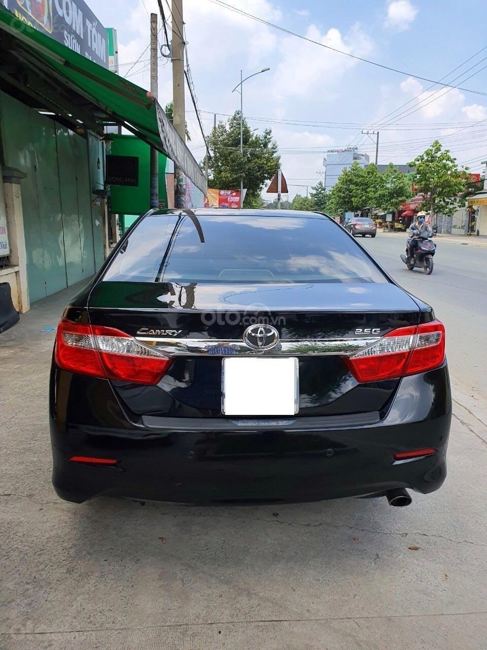 Toyota Camry 2.0E - 2013 (2)