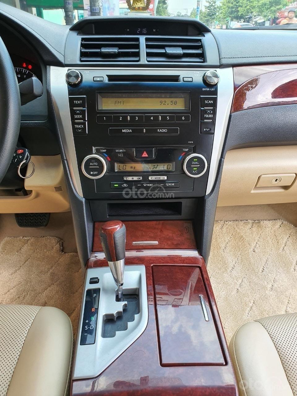 Toyota Camry 2.0E - 2013 (6)
