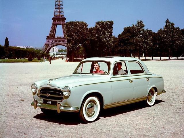 Xe Peugeot được đánh giá cao về thiết kế sang trọng và thanh lịch.