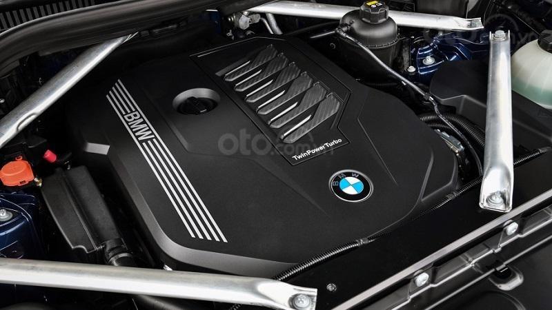 Động cơ vận hành BMW X7