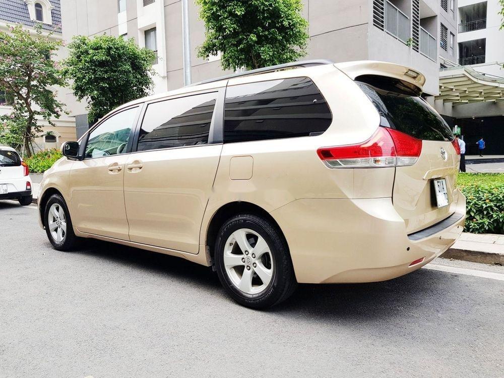 Cần bán lại xe Toyota Sienna đời 2011, xe nhập khẩu chính hãng (4)