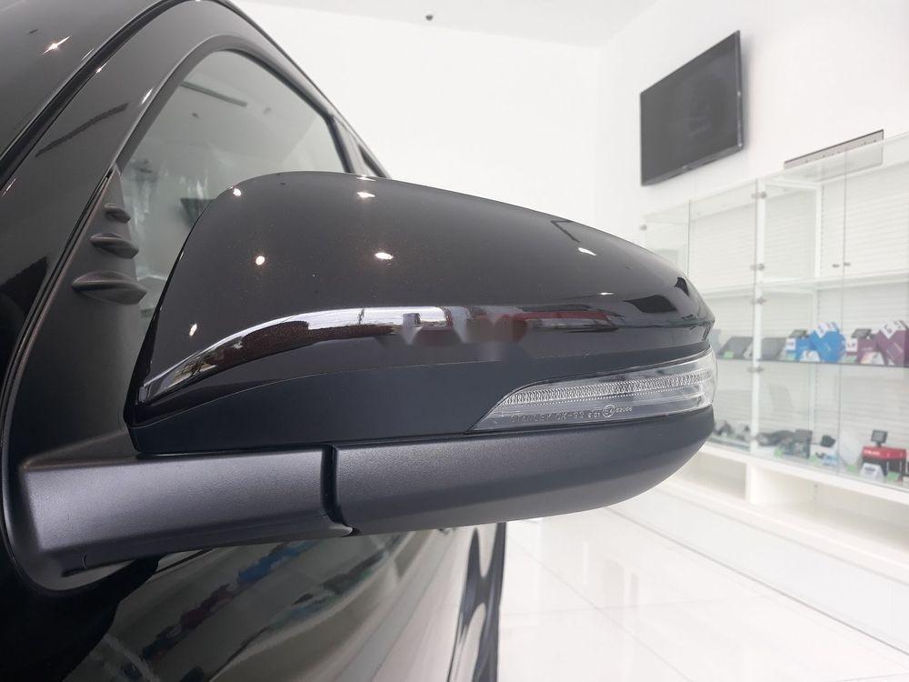 Bán Toyota Fortuner đời 2019, màu đen, nội thất đẹp (4)