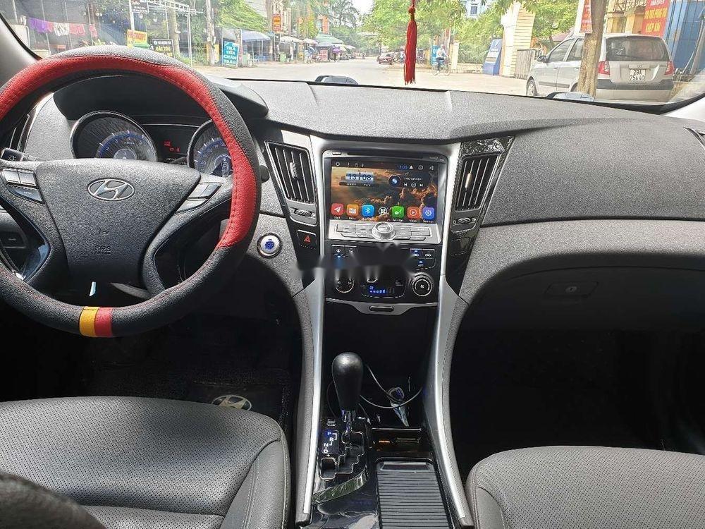 Cần bán xe Hyundai Sonata sản xuất năm 2011, giá cạnh tranh, còn nguyên bản (10)