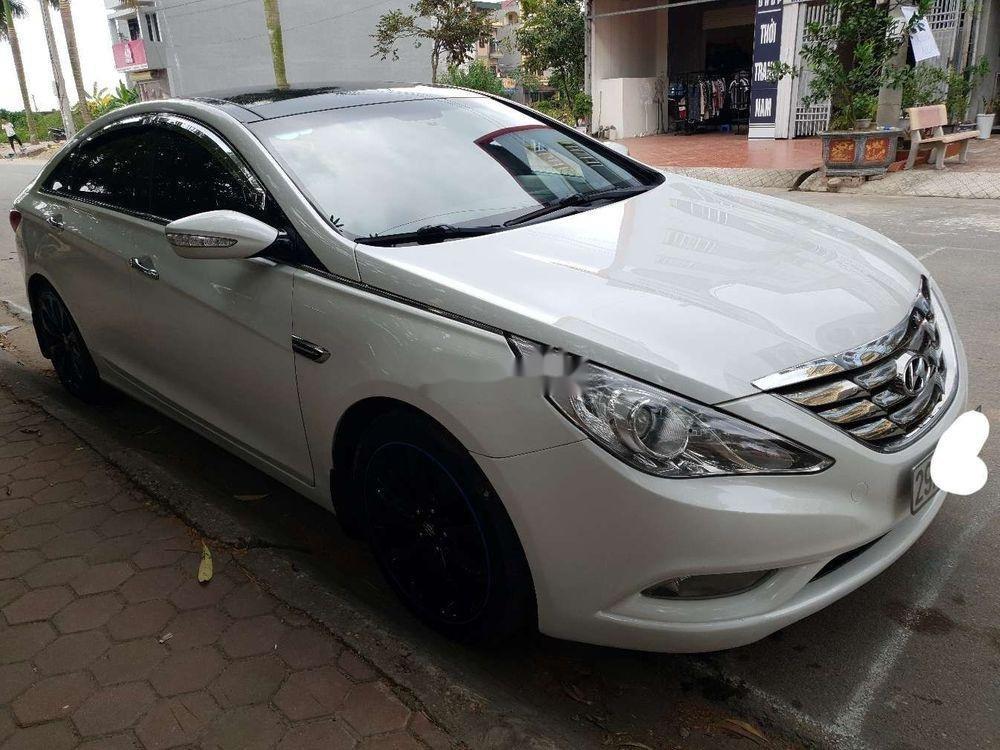 Cần bán xe Hyundai Sonata sản xuất năm 2011, giá cạnh tranh, còn nguyên bản (7)