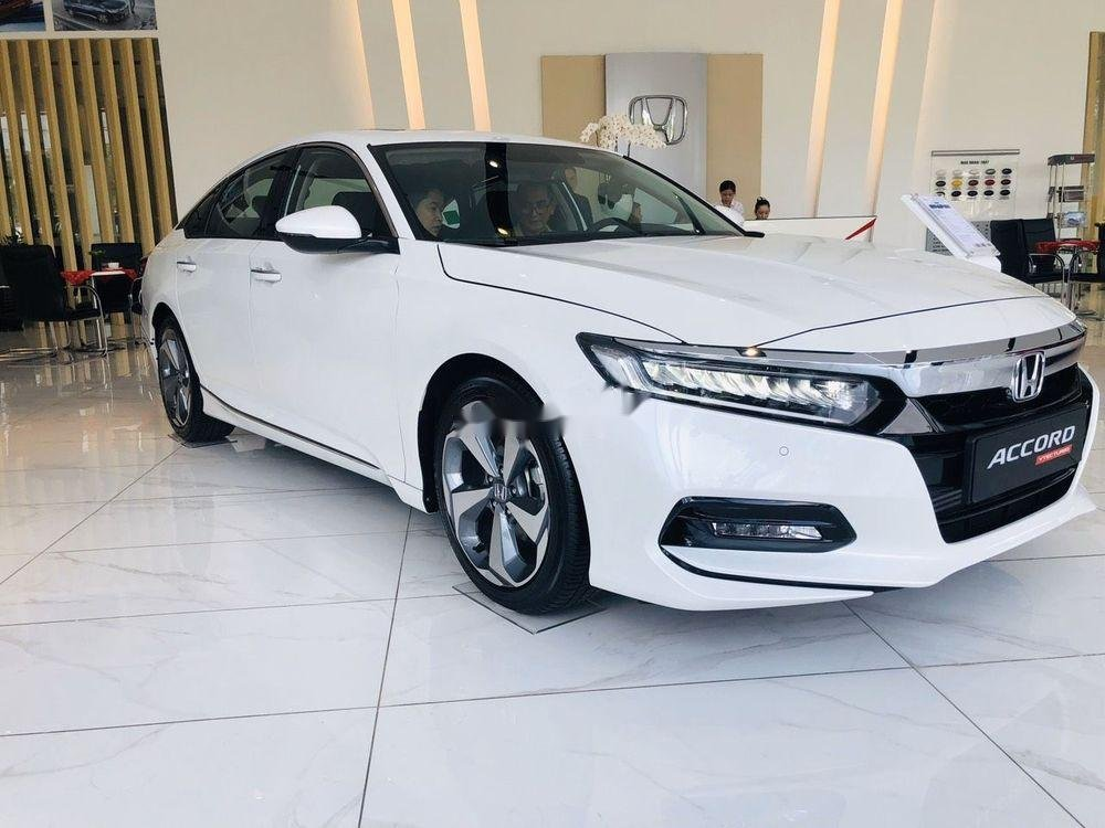 Cần bán Honda Accord năm 2019 nhập khẩu nguyên chiếc chính hãng (1)