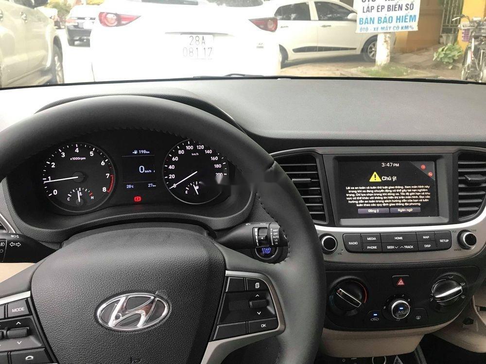 Cần bán xe Hyundai Accent năm sản xuất 2019, khuyến mại hấp dẫn (5)