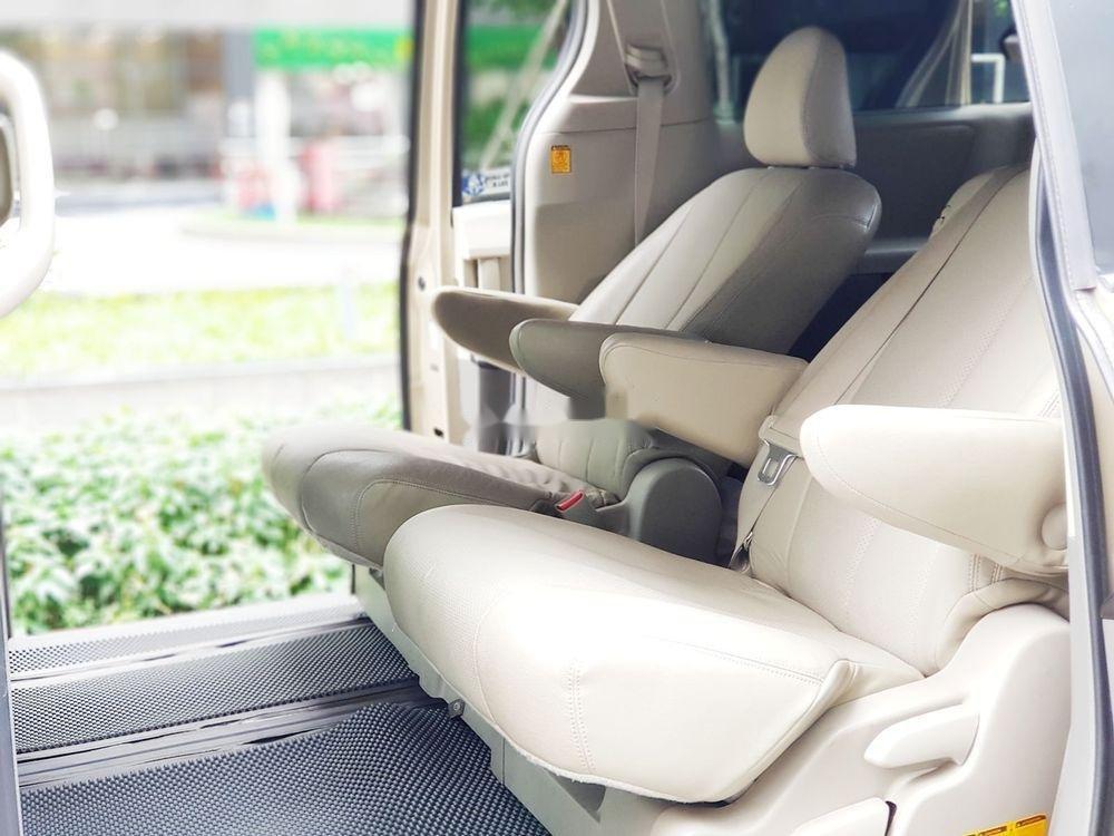 Cần bán lại xe Toyota Sienna đời 2011, xe nhập khẩu chính hãng (10)