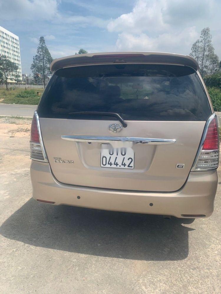 Bán ô tô Toyota Innova đời 2010 chính chủ, còn nguyên bản. (5)