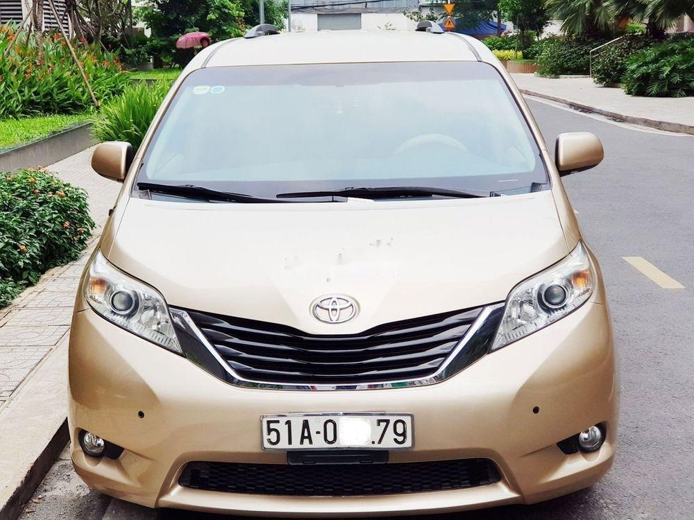 Cần bán lại xe Toyota Sienna đời 2011, xe nhập khẩu chính hãng (1)