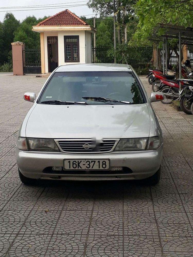 Cần bán Nissan Sunny đời 1995, nhập khẩu nguyên chiếc chính hãng (2)