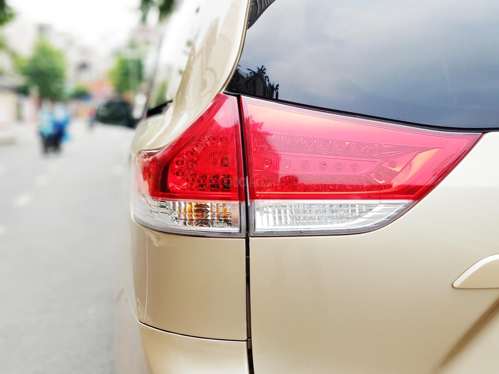 Bán xe Toyota Sienna 2011 3.5 LE nhập khẩu Mỹ (6)