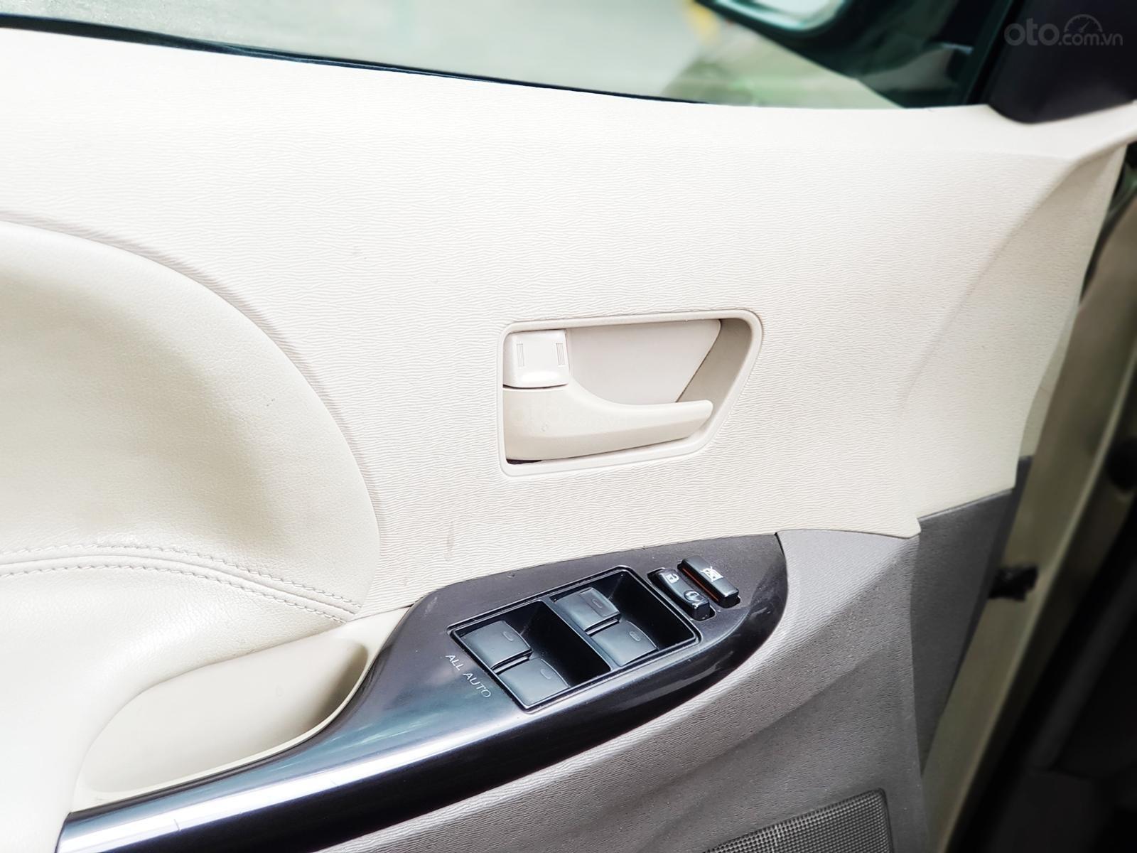 Bán xe Toyota Sienna 2011 3.5 LE nhập khẩu Mỹ (10)
