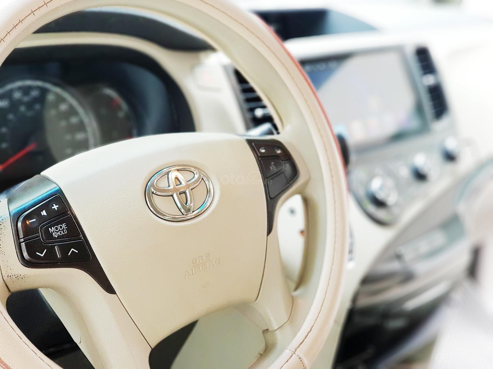 Bán xe Toyota Sienna 2011 3.5 LE nhập khẩu Mỹ (13)