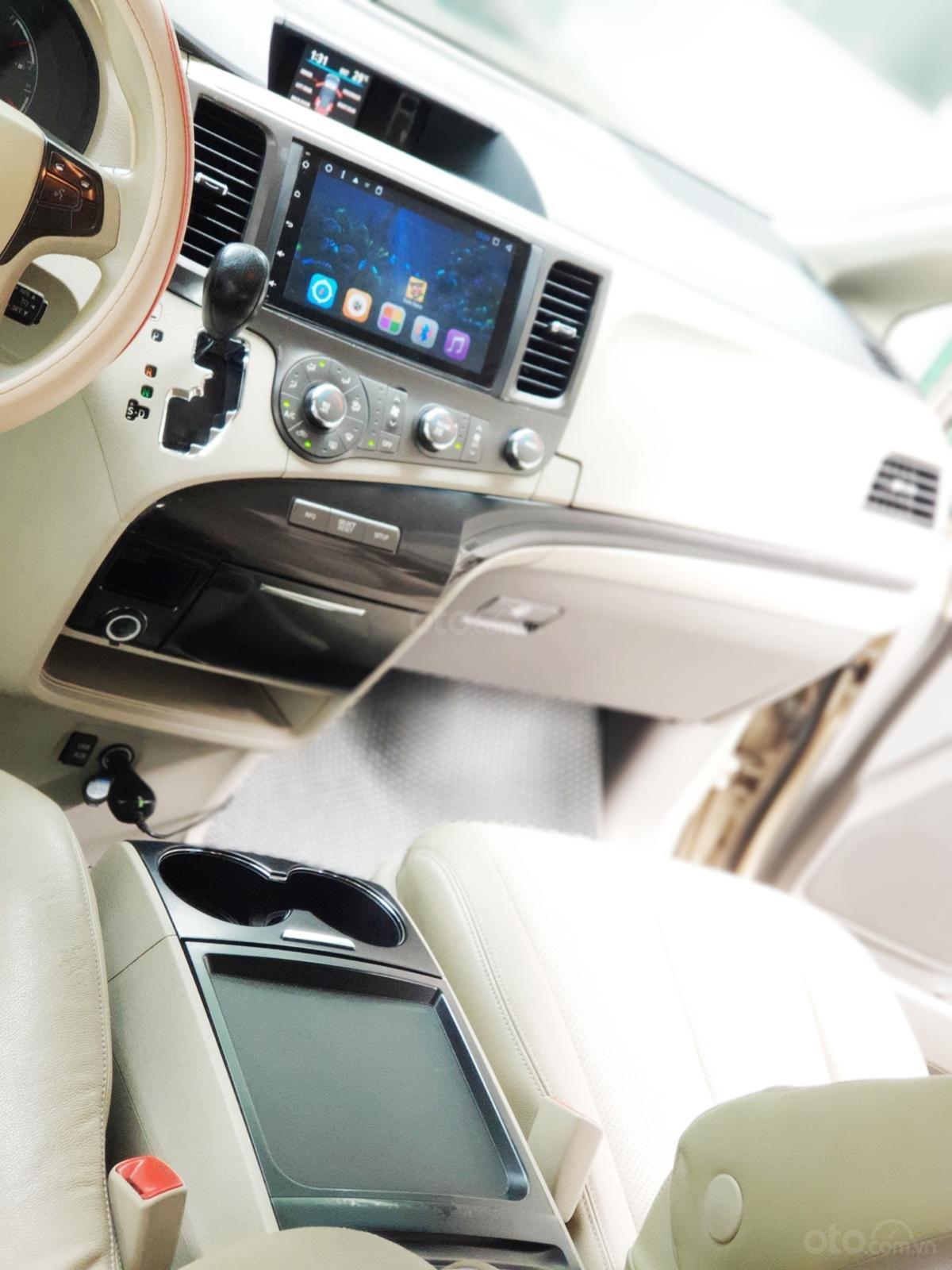 Bán xe Toyota Sienna 2011 3.5 LE nhập khẩu Mỹ (22)