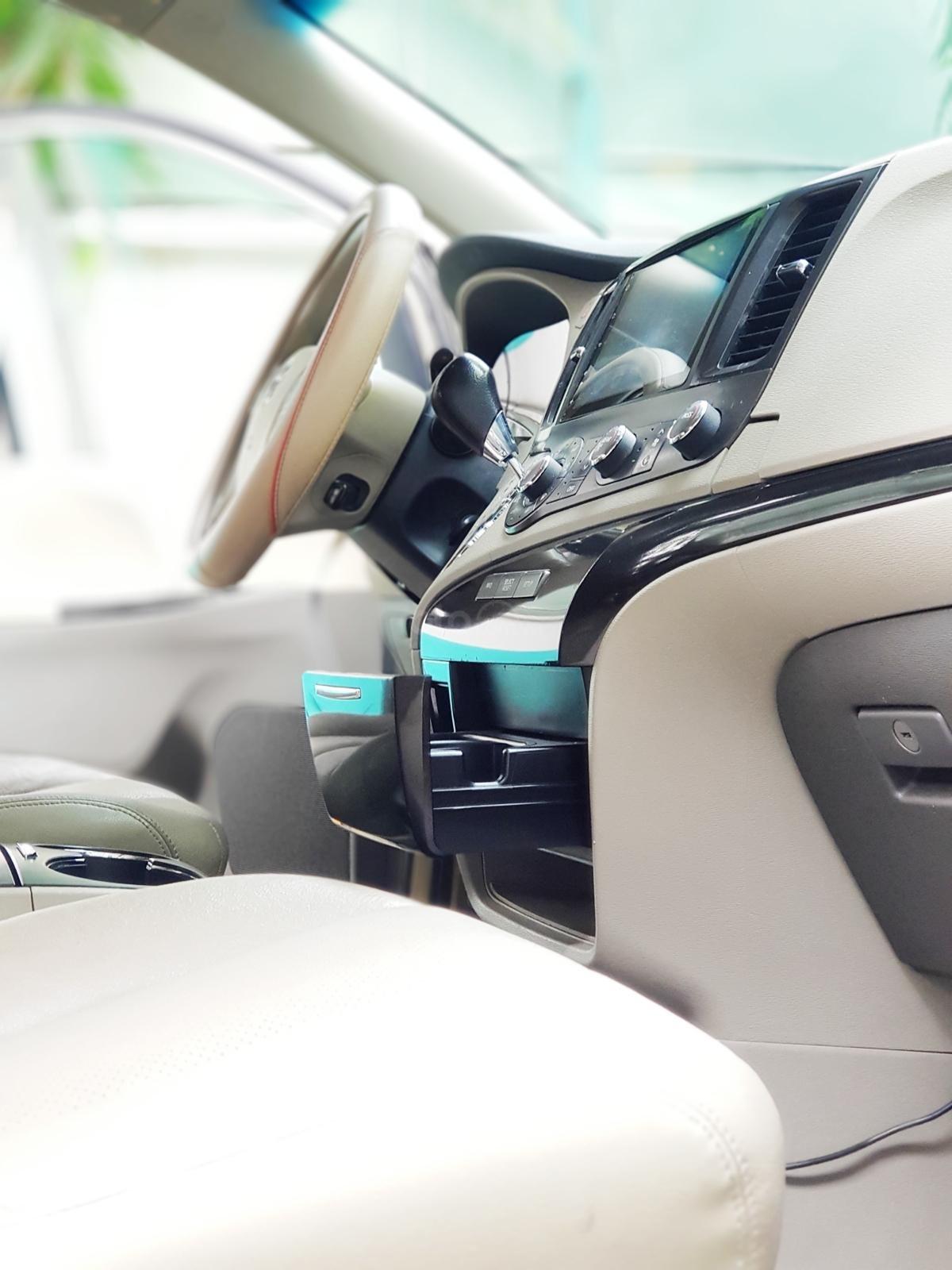 Bán xe Toyota Sienna 2011 3.5 LE nhập khẩu Mỹ (24)