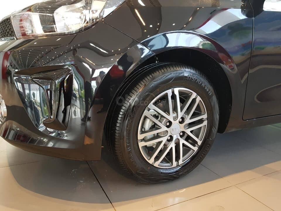 Kia Soluto giảm sốc cuối tháng 10 - Trả trước 130tr nhận xe (3)