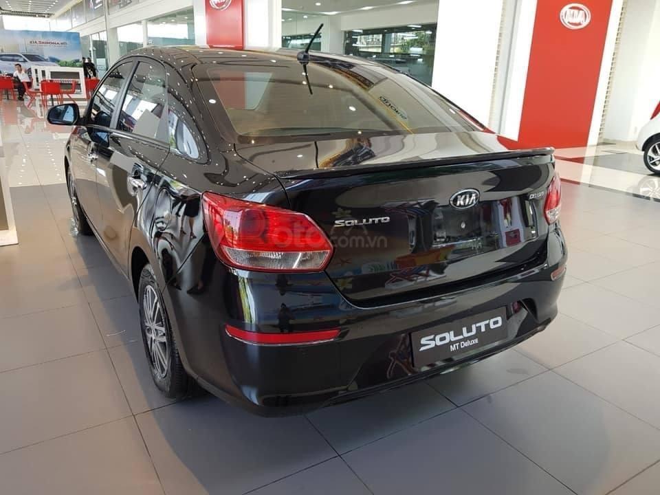 Kia Soluto giảm sốc cuối tháng 10 - Trả trước 130tr nhận xe (4)