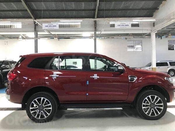 Cần bán xe Ford Everest titanium 2019, màu đỏ, giao xe luôn, hỗ trợ 80% Call 0838936789 (1)