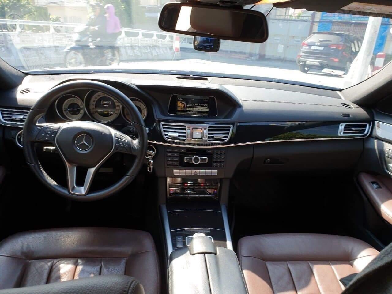 Bán xe Mercedes E250 đời 2014, màu trắng chính chủ (4)