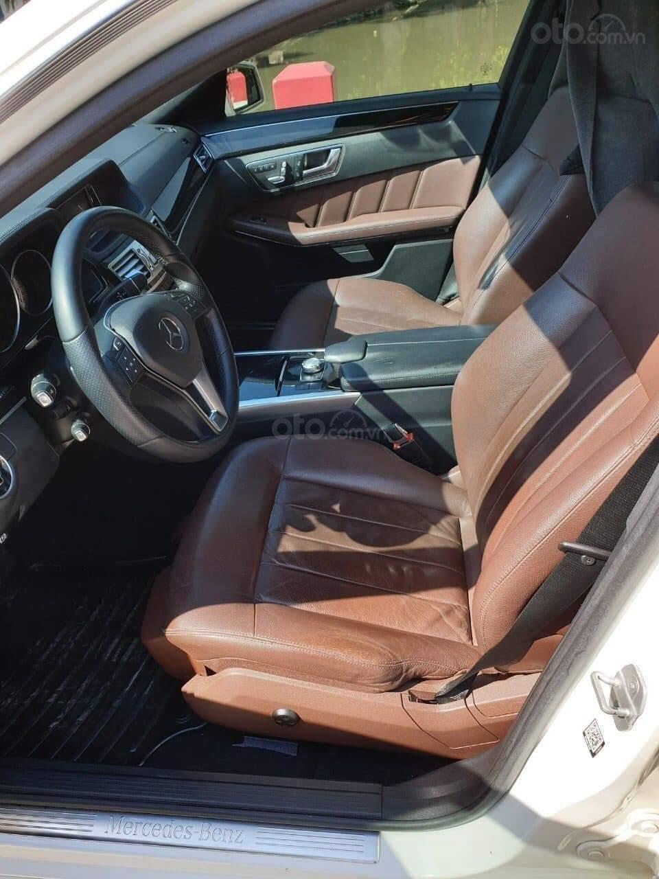 Bán xe Mercedes E250 đời 2014, màu trắng chính chủ (6)