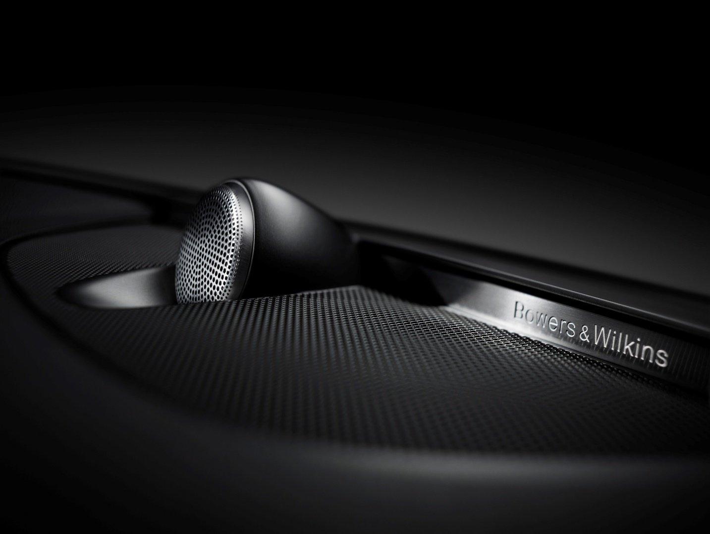 Volvo XC90 facelift sở hữu 1 trong những dàn âm thanh xe hơi hàng đầu thế giới.