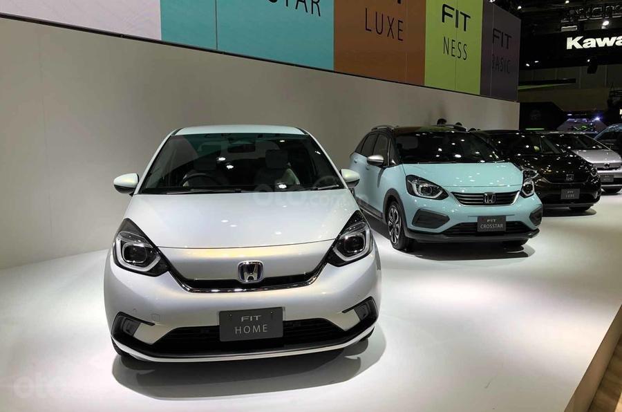 [TMS 2019] Honda Jazz 2020 / Honda Fit 2020 ra dáng, trang bị động cơ hybrid