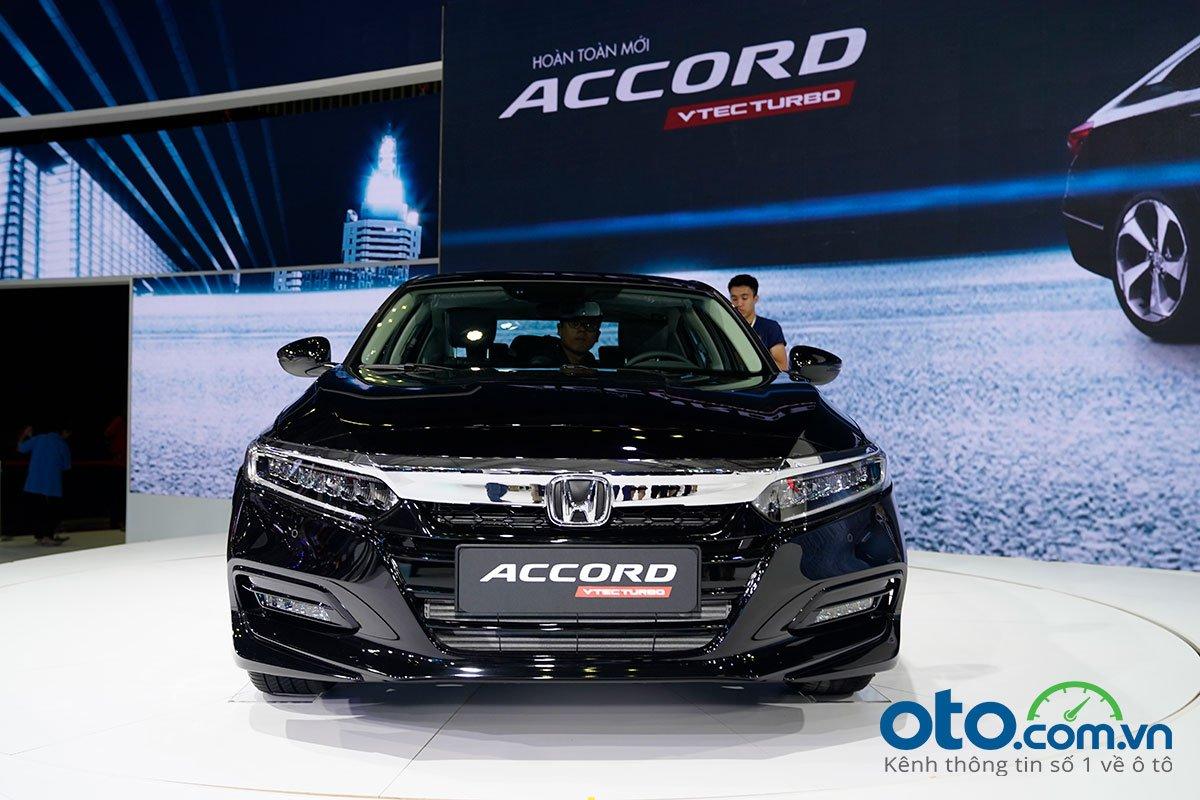 Honda Accord 2020 sở hữu nhiều tính năng công nghệ an toàn hiện đại.